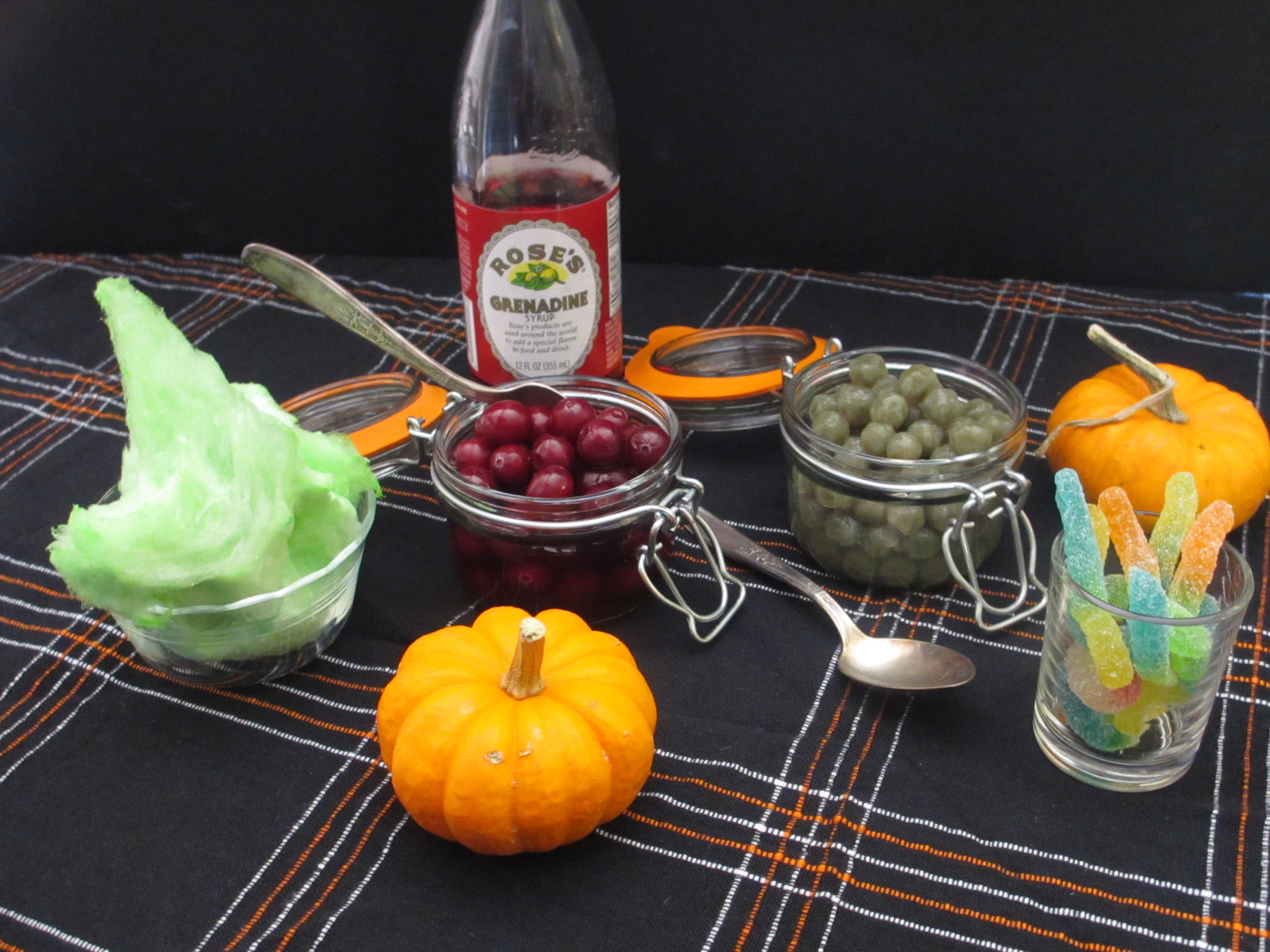Whitney miller s ghoulicious halloween party drinks for Halloween green punch recipes alcoholic