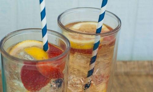 Straws in drinkware